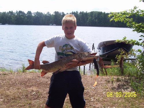 Lake and fishing information for whitefish lake sawyer for Lake wisconsin fishing
