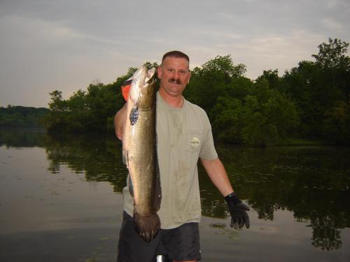 Lake and fishing information for hudson lake lenawee for Fishing in indiana