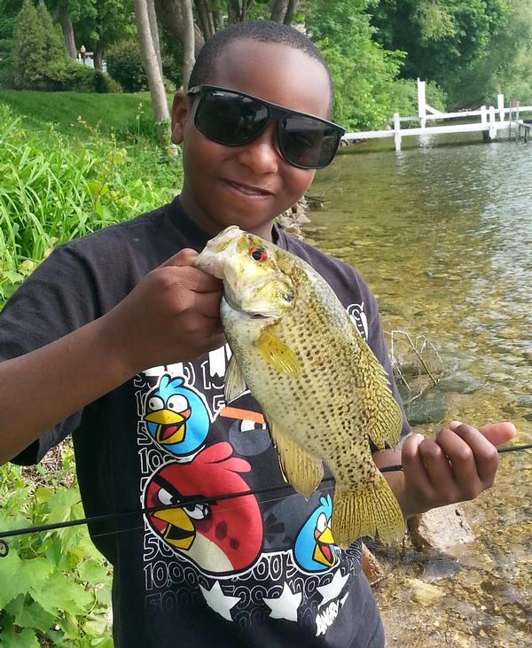 Lake and fishing information for geneva lake walworth for Bass fishing times