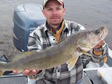 Green Water Walleyes