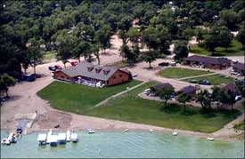 Woodland Resort - Devils Lake