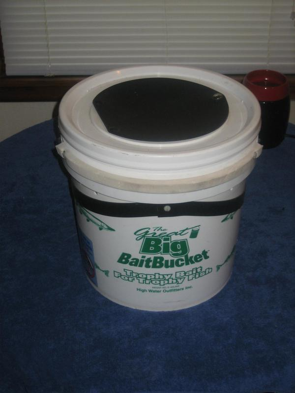 The Great Big Bait Bucket-For Large Suckers-Very Good Condition-Very Nice!  Or Best Offer!