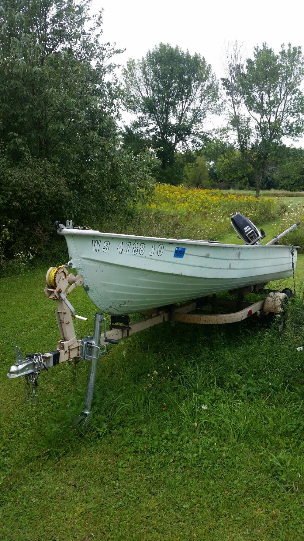 14' Mirrocraft aluminum fishing boat with motor and trailer $550