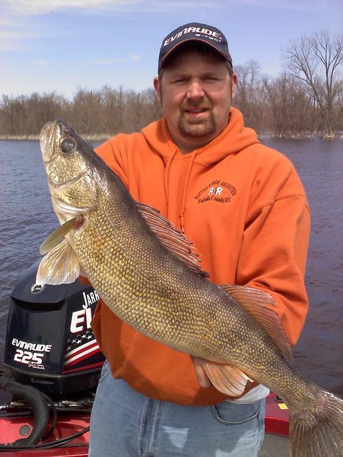 Pool 4 lake pepin walleye fishing report fishing reports for Lake pepin fishing report