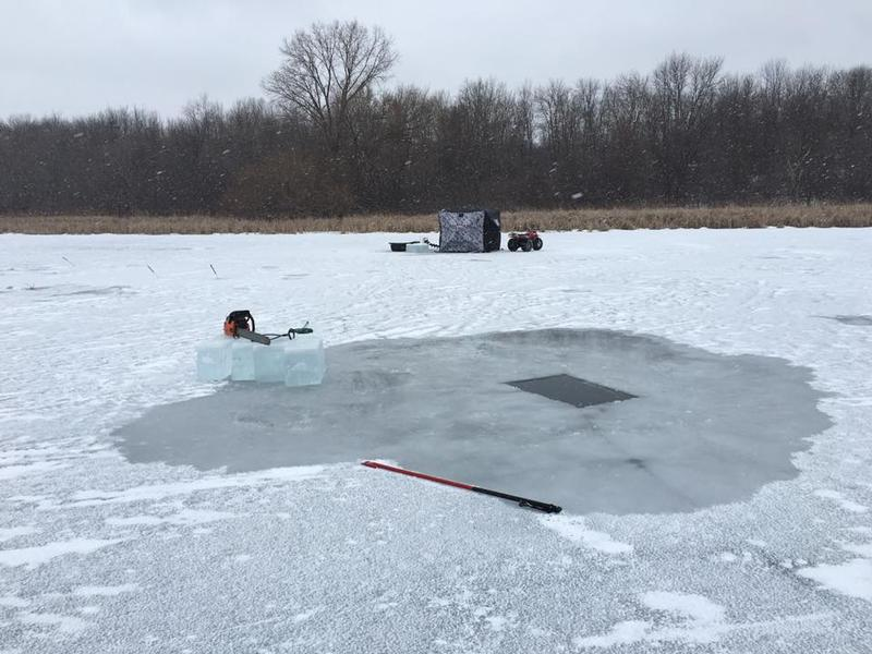 Sturgeon spearing winnebago county fishing reports and for Lake link wi fishing reports