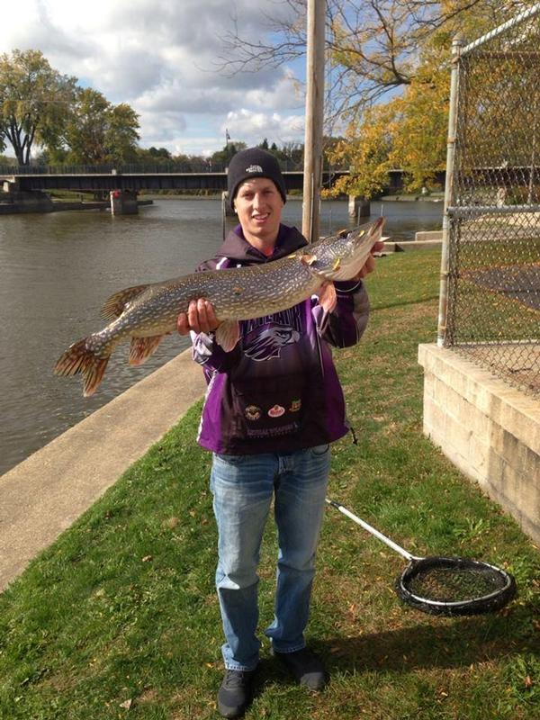 Fishing reports for rock river fort atkinson area only for Wisconsin river fishing report