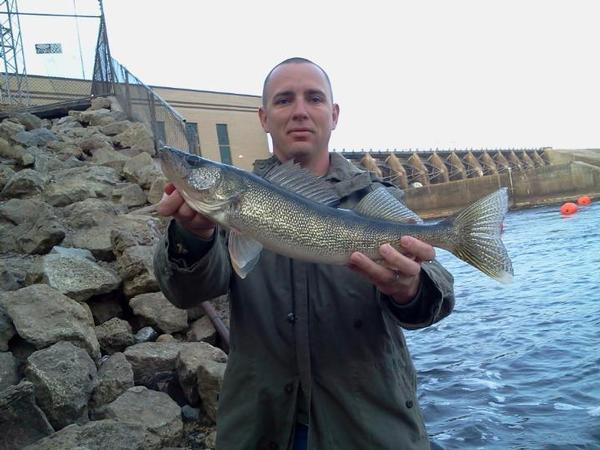 Walleyeguy007 for Wisconsin river fishing report