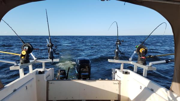 Marinette menominee area bay of green bay fishing reports for Bay area fishing report