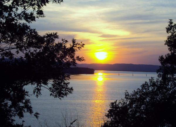 Sunrise sunset pics for Lake onalaska fishing report