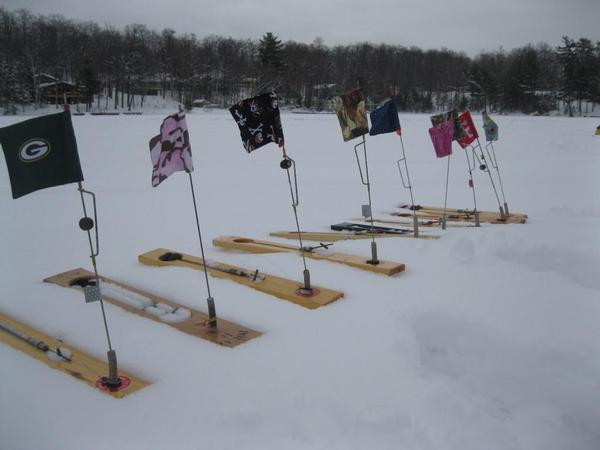 Customized tip up flags lets see em for Ice fishing tip up line