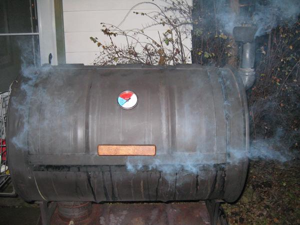 Diy smokers or store bought smokers for Brinkman s fishing report