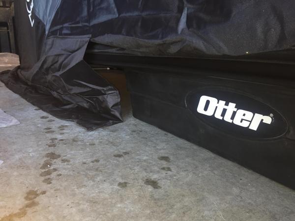 Otter XT Hideout