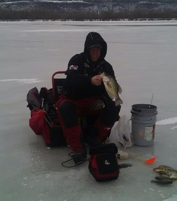 Mississippi river ice fishing fishing reports and discussions for Ice fishing report