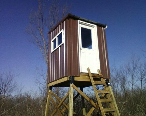 Elevated deer stand photo 39 s for Elevated deer hunting blinds
