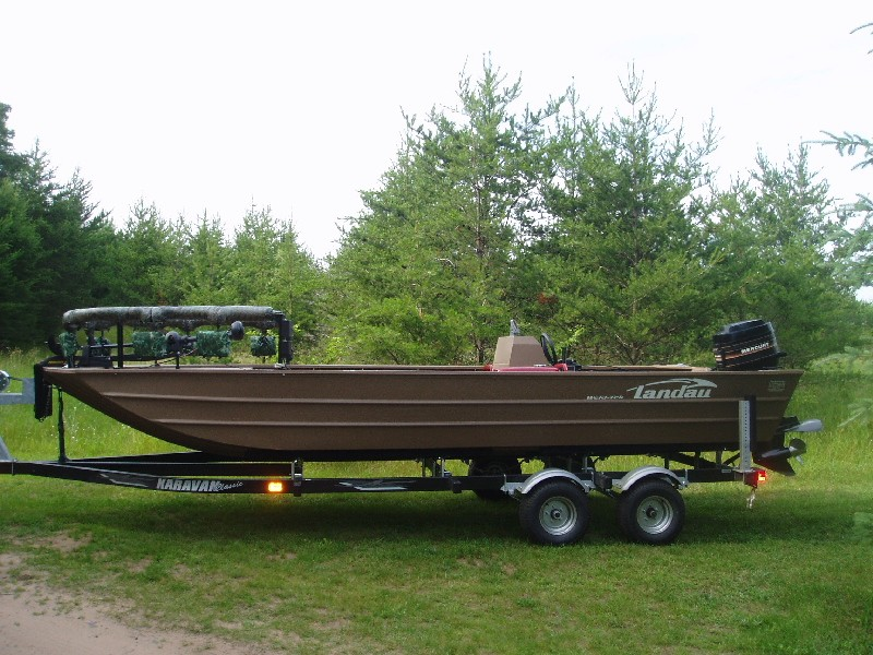 Bowfishing information fishing reports and discussions for Bow fishing boats