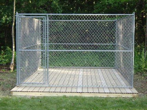 outdoor kennel - building a platform