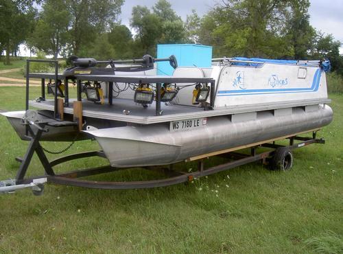 Bowfishing Boat Setup