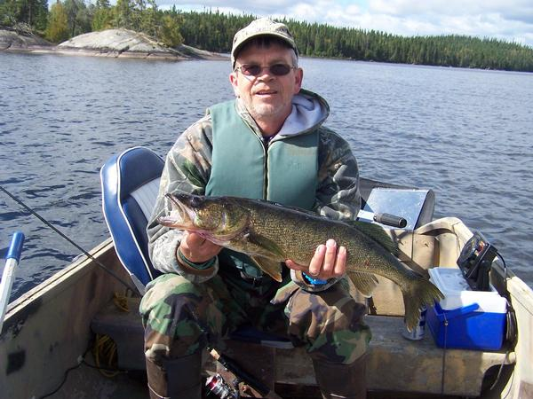 Ice fishing flashers on boats for Ice fishing flasher