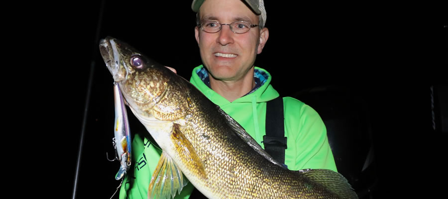 Prime Time For Night Walleyes - The cooling waters of October draw large numbers of walleye into the shallows to feast on bountiful baitfish in advance of winter's arrival.