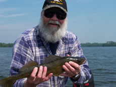 Walleye Maxx Fishing Guide Service