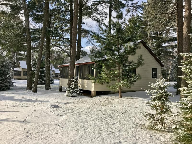 Snowmobile and ice fish trailside cabins in vilas county for Wisconsin ice fishing resorts