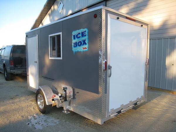 6 39 x 15 39 aluminum fish house ice shanty toy hauler